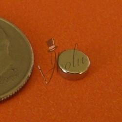"Imán de Neodimio Disco 1/8"" x 1/16""  (3mm x 1.5mm aprox) Grado N42"